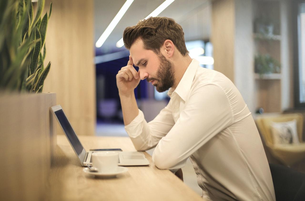 Mencari Kerja, Kontrak Kerja Datang Bersamaan ? Tips Memilihnya !