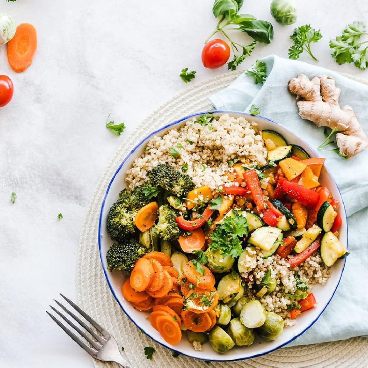 Inilah Makanan yang Tetap Menyehatkanmu & Menjaga Imunmu selama Work from Home (WFH)