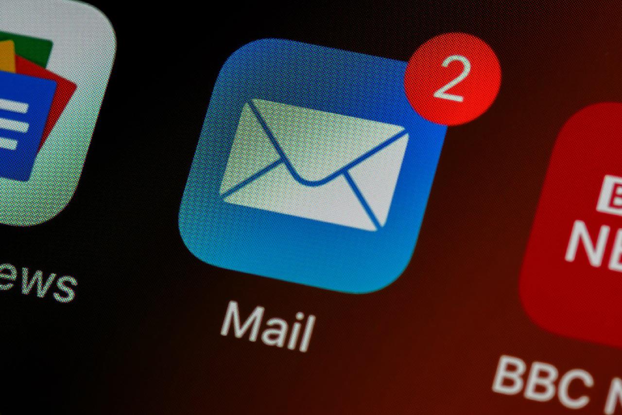 Bagaimana Mengirim Surat Lamaran Kerja dan CV Melalui Email ke HRD Agar Diterima Kerja?